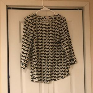 Light patterned blouse black and white